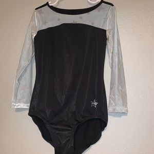 NWT girls leotard. Fits a 7/8.